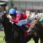 Flavio forte mit A. de Vries gewinnt das Dallmayr Capsa-Rennen