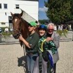 Benni Clös und Helmut Obermeier freuen sich über Raits Sieg